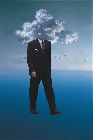 tete-dans-les-nuages